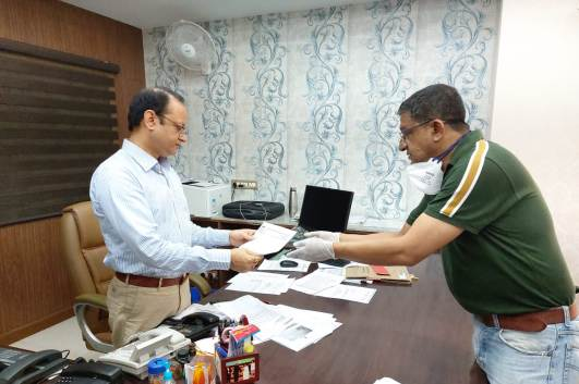 Sri Achyut Chandra, Vice President, EICMA, met WB Health Ministry, Secretary, Sri Vivek Kumar, extending support of industry to maintain supply of Boxes for Essential Commodities in vire of COVID-19